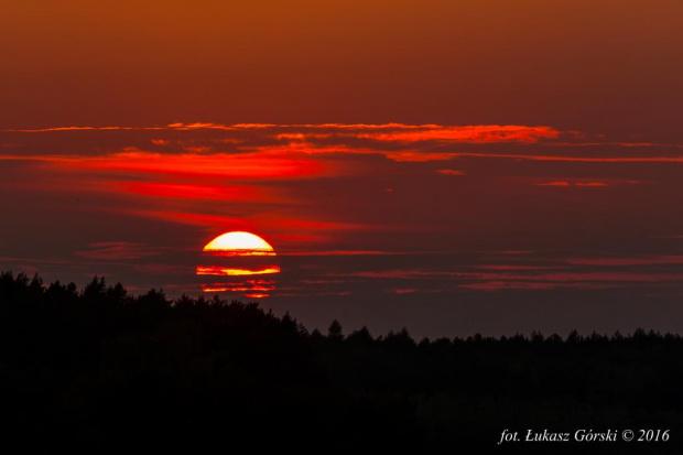 Słońce w pasiaku #zachód #słońca #zmierzch #Chojnice